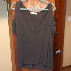 scoop neck shirt with open shoulder sleeves